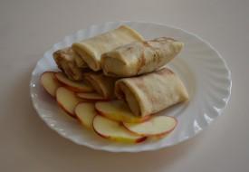 Блинчики фаршированные c яблоками